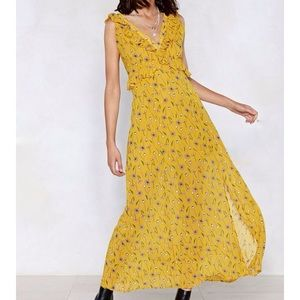 NWT Nasty Gal Yellow Floral Maxi Dress